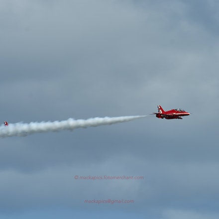 Red Arrows Hawk crossover