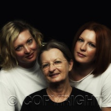 mother & daughters - family fun