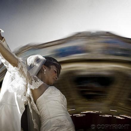 A Parisian Wedding - Wedding Photography in the world's most romantic city, Paris.