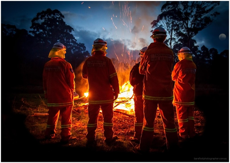 Snug_Firebrigade_BareFootPhotographer (1 of 1)-3 - Hazard reduction burn by the volunteer fire fighters @ Snug Fire Station....summer 2012/13 is nearly...