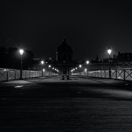 183 - Paris - 1st - 27-10-16-1125-Edit - Early Monring at Pont des Art