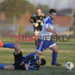 FFV Craigieburn vs Thornbury Athletic FC - Pictures by Damian Visentini