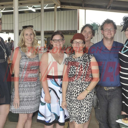 161022_SR20235 - At the 2016 Isisford Races